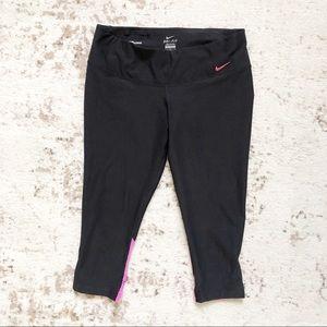 Nike DRI-FIT Black capris leggings size large